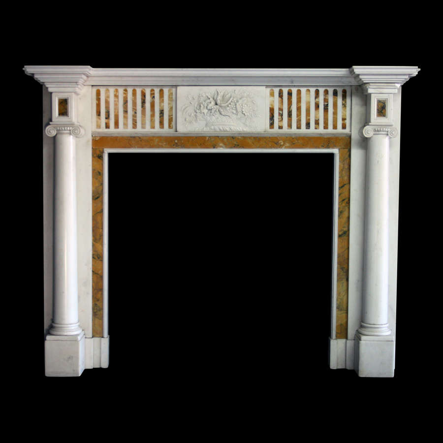 19TH CENTURY CHIMNEYPIECE IN GEORGE lll MANOR