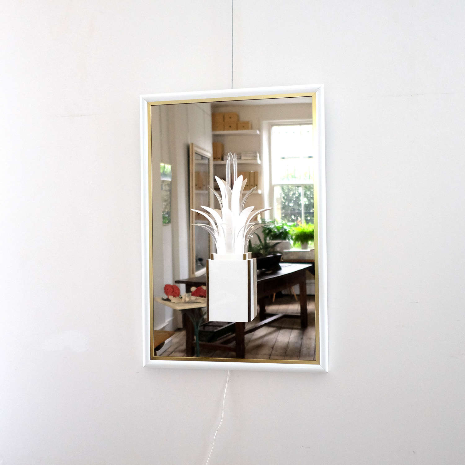 UNUSUAL PALM TREE LIGHT AND MIRROR