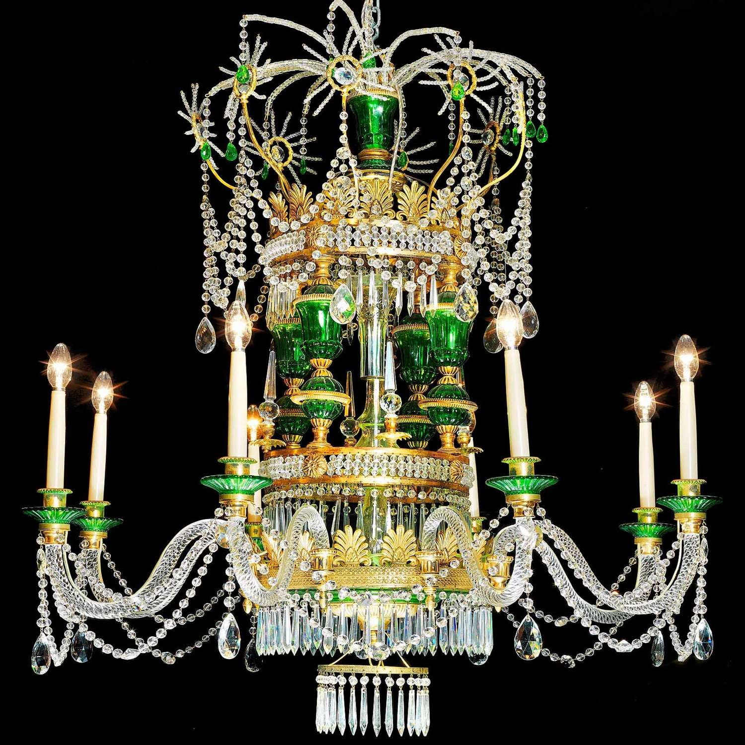 LARGE RUSSIAN CHANDELIER IN THE 18THC EMPIRE NEO CLASSICAL MANNER