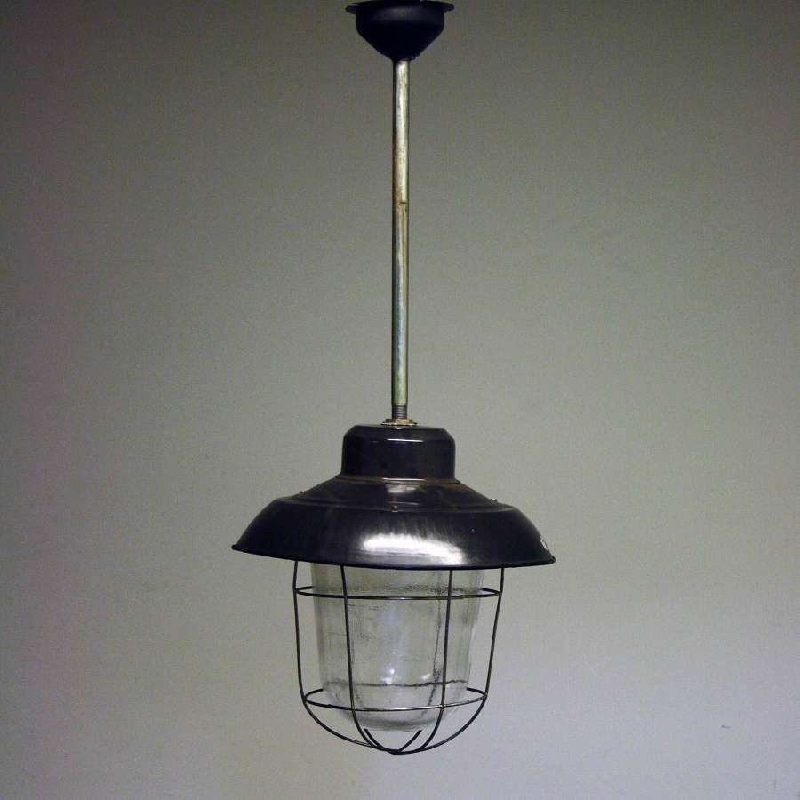 SET OF 3 INDUSTRIAL PENDANT CEILING LIGHTS